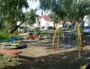 Детская площадка летом