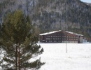 Вид отеля зимой