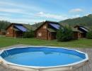 Маленький бассейн и кедровые домики